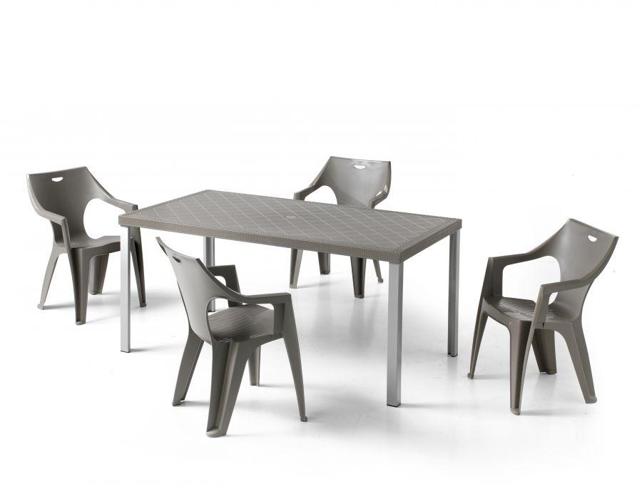 Set da giardino con tavolo chicago e quattro sedie kreta for Tavolo con sedie da giardino offerte
